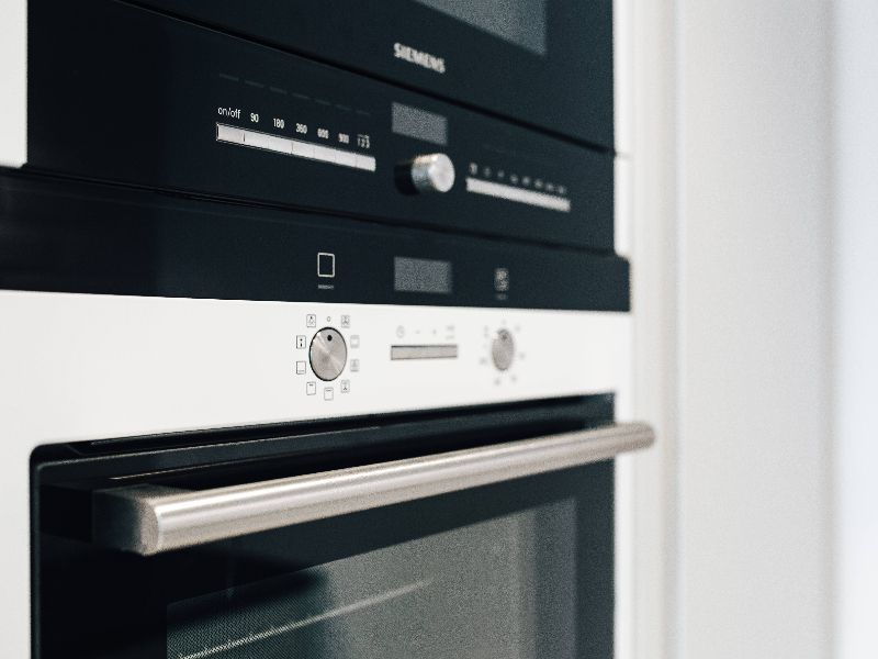 Best oven repairs in geelong for a broken oven door